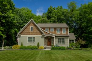 4 Lower Meadow La, Greenfield, NY 12833