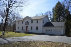 2550 Old Mill Rd, Galway, NY 12074