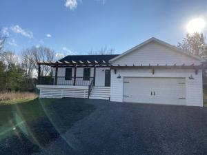 7 Pipe Ct, Athens, NY 12015