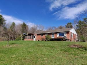424 Mussey Rd, Johnstown, NY 12095