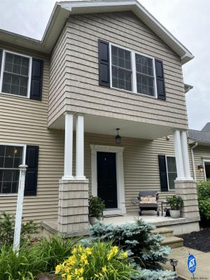 3 Michael Dr, Schenectady, NY 12303-2707
