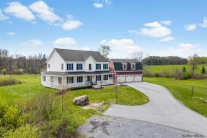 44 Jubilee Rd, Ballston Spa, NY 12020