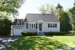 32 Bauer Dr, Colonie, NY 12205