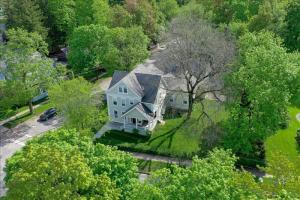 138 Nelson Av, Saratoga Springs, NY 12866-4802