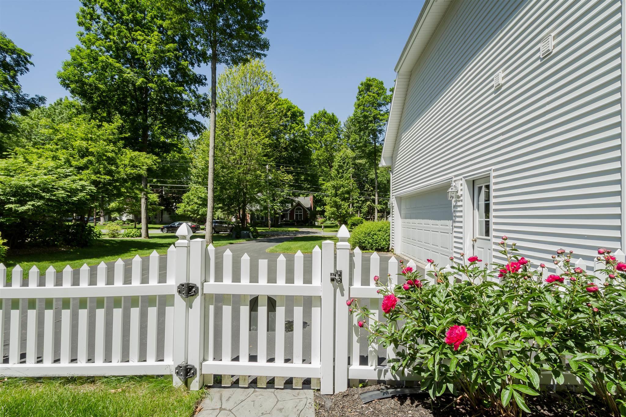 Saratoga S image 56