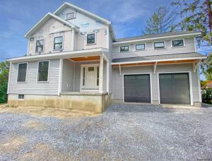 303 West Av, Saratoga Springs, NY 12866
