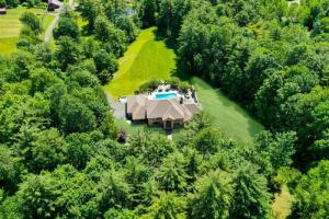 107 Country Club Rd, Queensbury, NY 12804