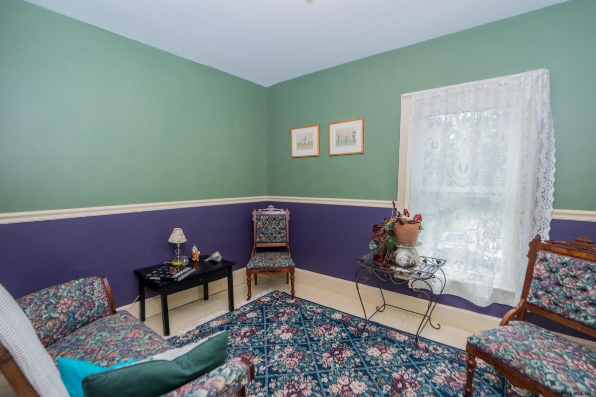 Saratoga S image 16