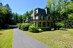 432 Grand Av, Saratoga Springs, NY 12866