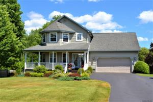 63 Country Club Rd, Queensbury, NY 12804