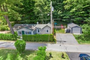 18 Garside Rd, Saratoga Springs, NY 12866