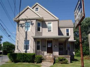 1761 State St, Schenectady, NY 12304