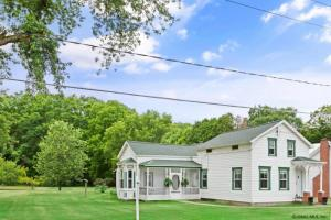 336 Riverview Rd, Rexford, NY 12148-1627