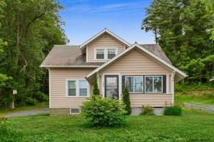 586 State Route 9p, Saratoga Springs, NY 12866