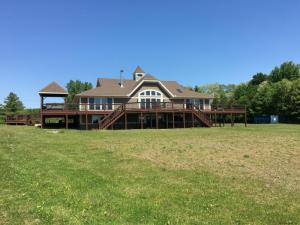 1 Manning Rd, Ballston Lake, NY 12019