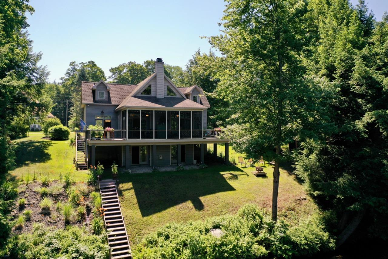 Middle Grove image 64