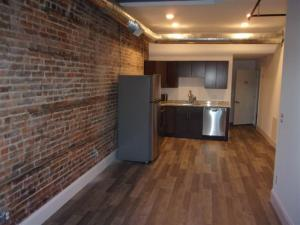 22 W Main St, Johnstown, NY 12095