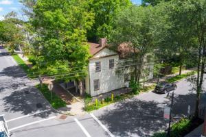 140 Grand Av, Saratoga Springs, NY 12866
