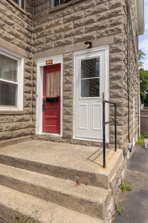 146 Adams St, Delmar, NY 12054