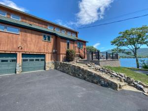 2 Sunset La, Lake George, NY 12845