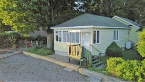 104 Franklin Beach Rd, Saratoga Springs, NY 12866