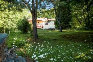 681 Ralph Rd, Lake Luzerne, NY 12846