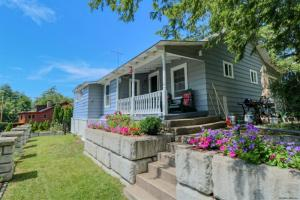 161 Mannis Rd, Queensbury, NY 12804