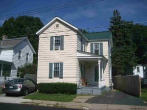 9 Mission St, Glens Falls, NY 12801