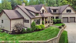 70 Pickle Hill Rd, Queensbury, NY 12804