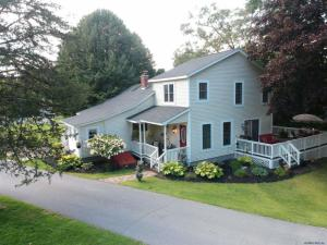 5 Hanneford Rd, Queensbury, NY 12804