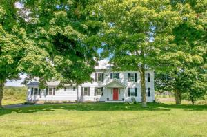 4 Lower Post Rd, Ghent, NY 12075