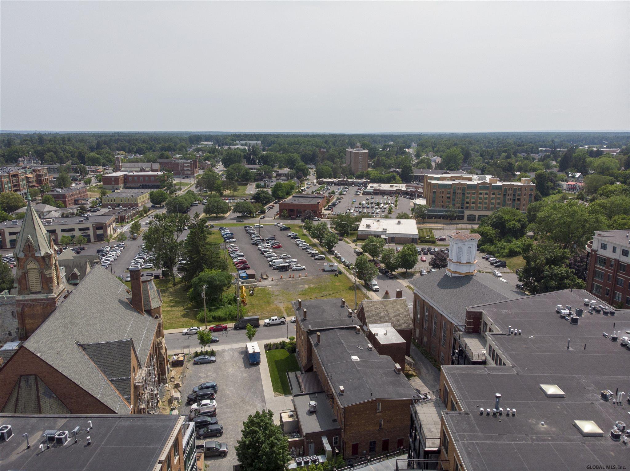 Saratoga S image 42