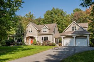 49 Homestead Rd, Saratoga Springs, NY 12866