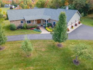 1525 Scotch Ridge Rd, Schenectady, NY 12306-6318