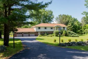 845 Charlton Rd, Ballston Lake, NY 12019