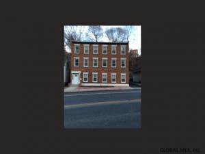 277 Congress St, Troy, NY 12180-4221