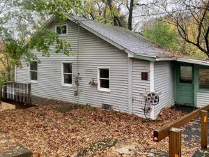 81 Allen St, Catskill, NY 12414-5002