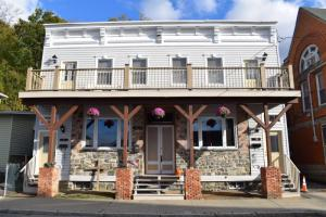 31-35 South Main St, Castleton, NY 12033