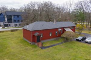 331 West Av, Saratoga Springs, NY 12866