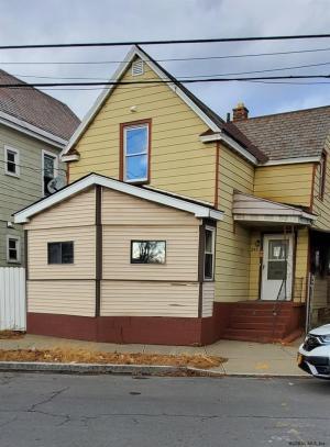 345 Duane Av, Schenectady, NY 12307