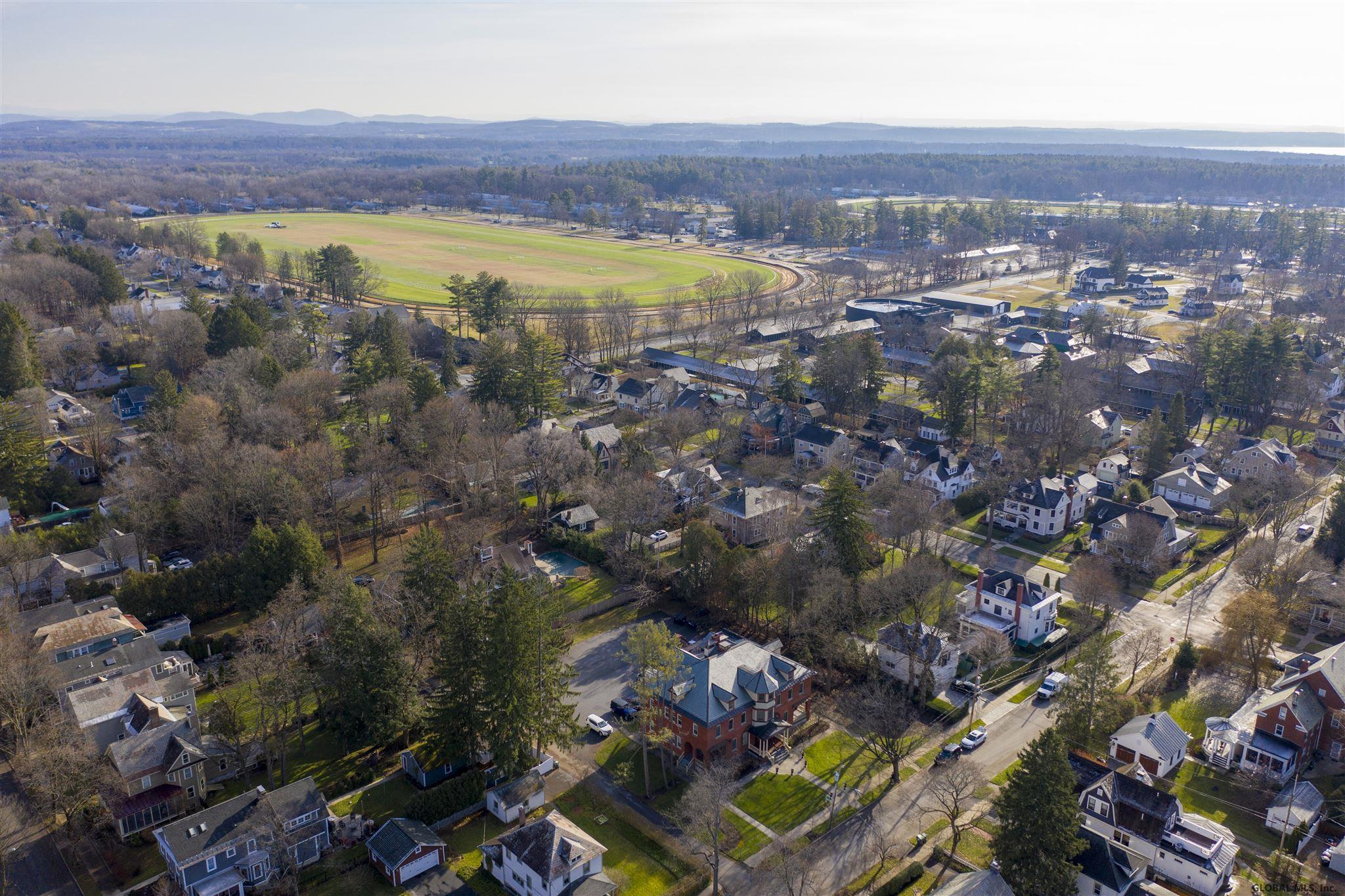Saratoga S image 32