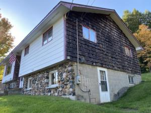 3987 Nys Route 9n, Port Henry, NY 12974