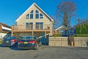 1292 State Route 9p, Saratoga Springs, NY 12866