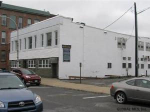 11 Church St, Gloversville, NY 12078