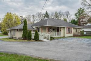 648 Maple Av, Saratoga Springs, NY 12866