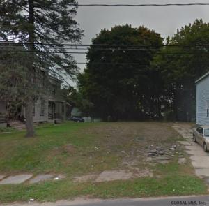 78 Grand St, Gloversville, NY 12078