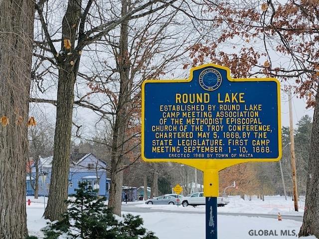 Round Lake image 31