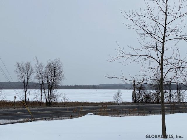 Round Lake image 36