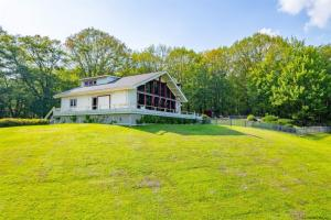 563 County Rt 34, East Chatham, NY 12060