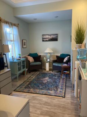596 New Loudon Rd, Latham, NY 12110